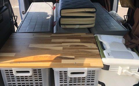 車中泊快適化アイディア「起きて半畳、伏して一畳」の車内配置