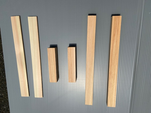 木材とプラダン