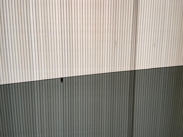 内側から印