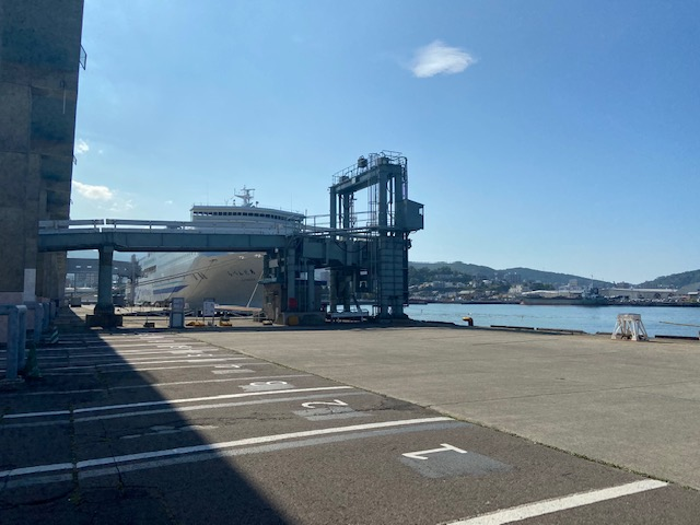 小樽のフェリーターミナルにきました
