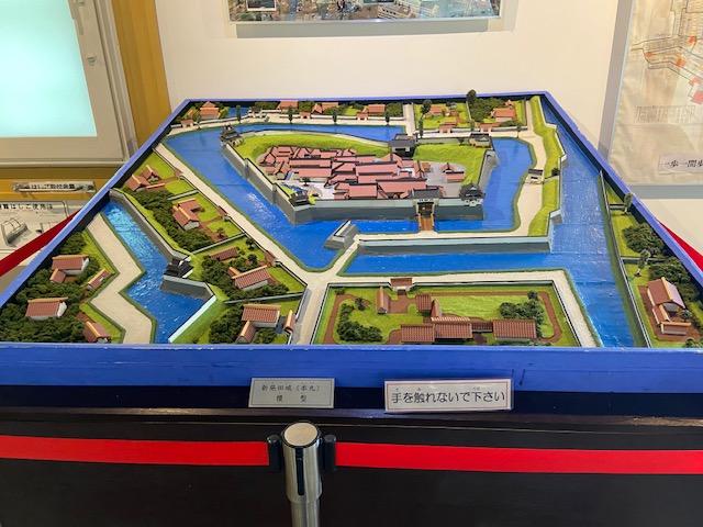 もともと新発田城のあった場所にあるので新発田城関連の展示があります