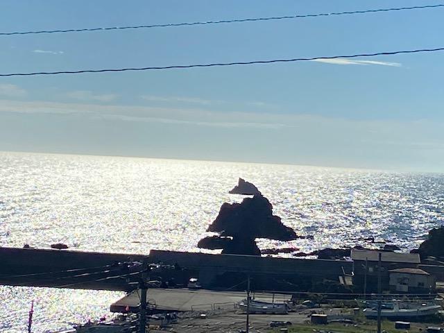 男鹿半島の海沿いを岬まで向かいます