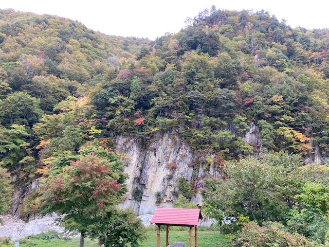 南会津町の屏風岩の辺りはまだ早いですね