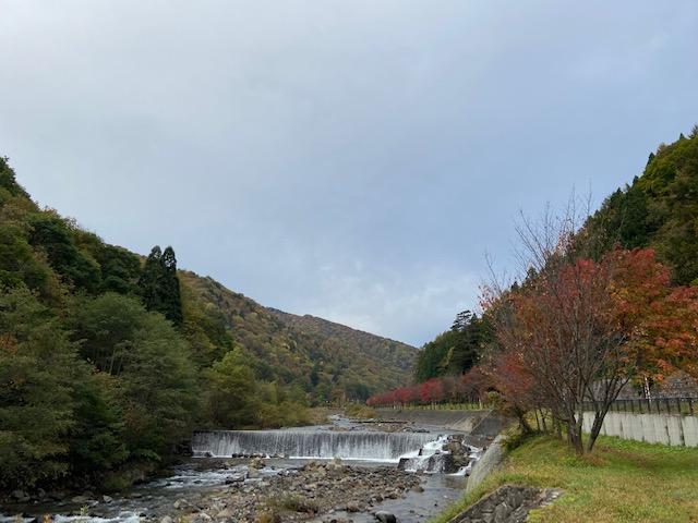桧枝岐村の中心あたり