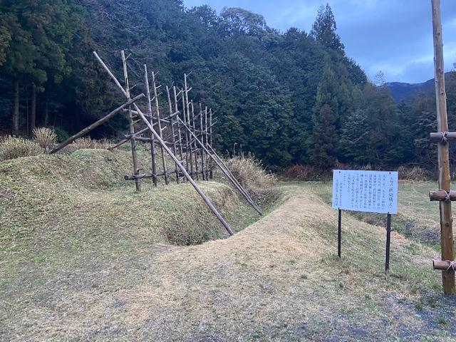 鉄砲隊用の馬防柵