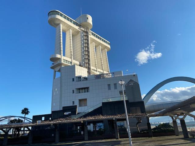 ポートビルは最上階の展望台と3階の博物館