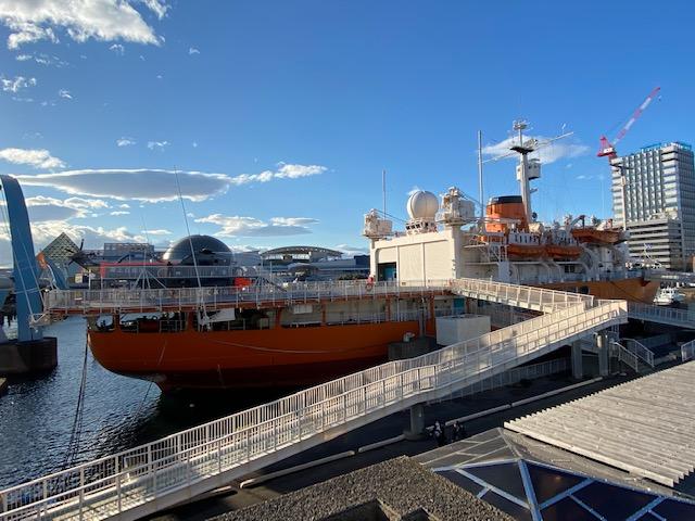 初代の南極観測船ふじ