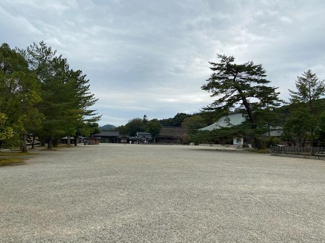 ものすごい広さの橿原神宮