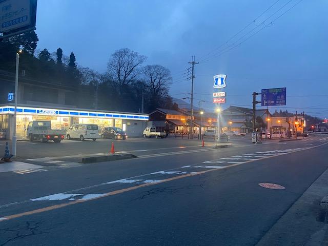 第二駐車場の前がローソン、右隣が道の駅宇陀道大宇陀