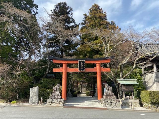 高鴨神社は全国の加茂神社や鴨神社の総社らしい