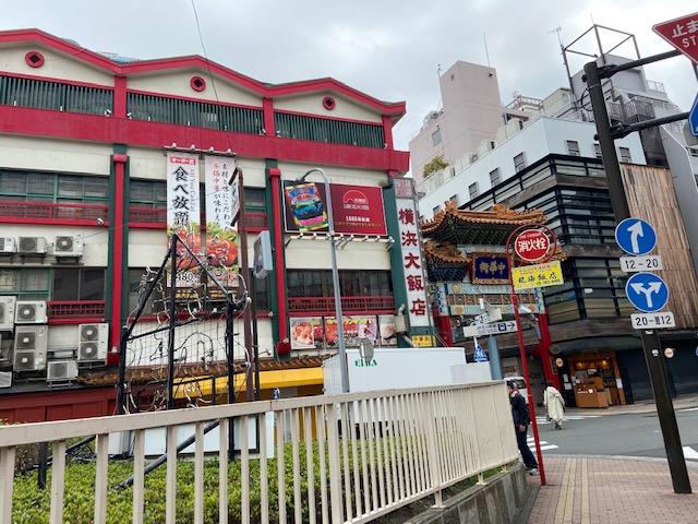 横浜中華街に来ましたがモーニング営業はしてないので山下埠頭へ